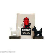 TRICKY SPINNING DOGS Magnetic Magnet Scottie Joke Prank Gag Magic Trick Toy Pup