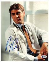 GEORGE CLOONEY SIGNED AUTOGRAPHED 8x10 PHOTO DR. DOUG ROSS ER RARE BECKETT BAS