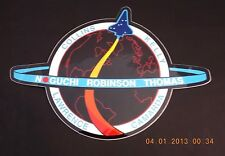 NASA SPACE SHUTTLE COLUMBIA STS-114 NOGUCHI ROBINSON THOMAS.... DECAL (UNUSED)
