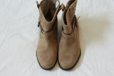 Euc Old Navy Faux Suede Ankle Boots