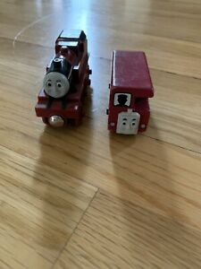 Thomas the Train-Wooden *ARTHUR* AUTHENTIC 1999-2008 !! Gently Used And Bertie