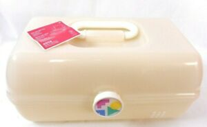 Caboodles Opal Translucent On-The-Go-Girl Cosmetic Makeup Travel Case