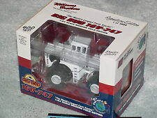 1/64 DIE-CAST PROMOTIONS BIG BUD 900 HP 16V-747 SE 1 OF 3000 TRACTOR