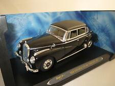 Ricko Mercedes-Benz Typ 300C Limousine (1955) schwarz 1:18 OVP ! (1)