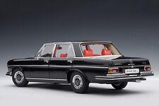 AUTOART 1970 MERCEDES-BENZ 300 SEL Black Metallic 1:18 New Stock *Last One!