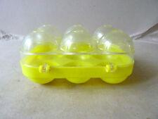 boite à oeufs en plastique jaune, vintage des années 50-60