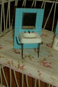 ADORABLE vintage Strombecker dollhouse bathroom furniture sink