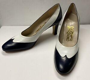 "NEW SALVATORE FERRAGAMO Pumps White & Navy Calf Leather Size 7 1/2 B -  3"" Heels"