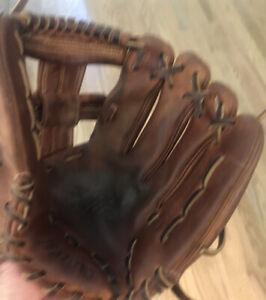 "Mizuno Global Elite Pro 11.5"" Baseball Glove"