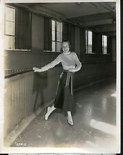 Snapshot GOGO DE LYS ,skating on ice, f1572
