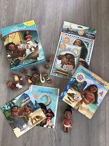Disney Moana My Busy Book Figures Playmat Story Toy Bundle & Animators Mini Doll