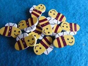 21mm x 14mm Wooden Bumble Bee Buttons 2 Hole Sew On in Pack Sizes of 5, 10 or 20