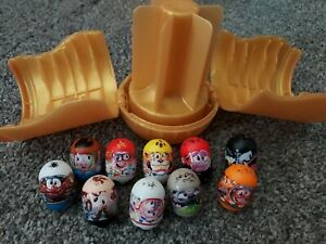 10 Mighty Beanz Toy Jumping Beans Plus gold Carry Case - 2017