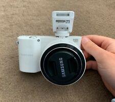 Samsung NX NX1000 20.3MP Digital Camera - White (Kit w/ NX 20-50mm Lens)