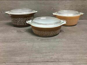 Pyrex Glass Casserole Dishes w Lids Woodland