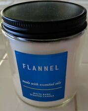White Barn Scented Candle- Flannel