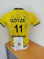 BVB Trikot 2011/2012, Teamsigniert Borussia Dortmund Fußball Autogramm Kappa 152
