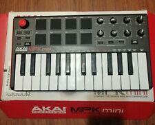 New listing Akai Professional Usb Midi Keyboard Controller 8 pads Mpk mini Mk 2
