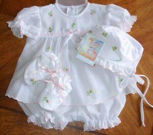Will'beth Preemie Newborn Baby Girl Gift Set/Bonnet Booties Take-Me-Home NWT