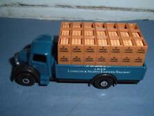 OXFORD DIECAST CUBS 1/72 ? BEDFORD VINTAGE LONDON NORTH EASTERN TRUCK SEE PHOTOS