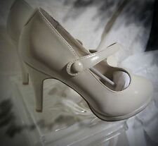 FITZWELL size 7.5 ww extra extra wide heels off white Nude 31/2 inch heels
