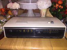 Vintage Antique Sony AM FM Flip Clock Radio Date Calendar TFM-C660W