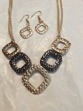 GRADUATED SQUARE NECKLACE AND EARRING SET 20 INCH NECKLACE GUN METAL AND YELLOW
