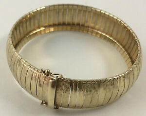 Italian Flex Omega 17mm Bangle Bracelet 10k Yellow Gold, 7.25 Inches, 25.5 Grams