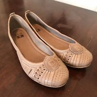 FRYE Size 8.5 Leather Textured Woven Slip On Ballet Flats Taupe Gray Tan EUC