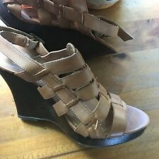 Women's Wedges, Heels by Old Navy, Size 8 med, Coffee, Strappy