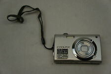 Nikon COOLPIX S4000 12.0MP Digital Camera - Champagne silver