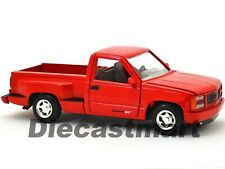 AMERICAN CLASSICS 1992 GMC SIERRA GT PICK UP RED 1:24 BY MOTORMAX 73204AC MODEL