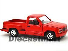 AMERICAN CLASSICS 1992 GMC SIERRA GT PICK UP RED 1:24 BY MOTORMAX  73204AC MODEL