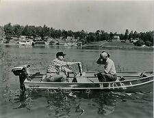Pêche c. 1950 - Bateau Pêcheur Moteur Evinrude USA - GF 378