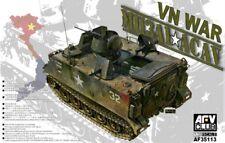 VEHICULE DE TRANSPORT DE TROUPES US M113A1 ACAV - KIT AFV CLUB 1/35 n° 35113