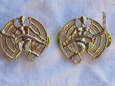 Posadas of Court & City Yeomanry,Collar insignias,Anodizado Aluminio Staybright