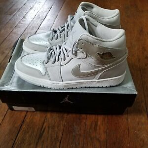 Air Jordan 1 Retro + 'Neutral Grey' - 2001 - Size 8.5 - (136065 001)