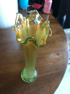 "Vintage Carnival Glass DIAMOND & RIB VASE 11"" yellow Green EXCELLENT COND."