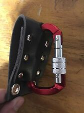 theRatchet: Black Leather w/ Red Locking Carabiner