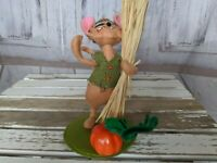 Annalee 2013 Harvest Mouse Doll  Straw Pumpkin Thanksgiving Holiday Decor 8 in.