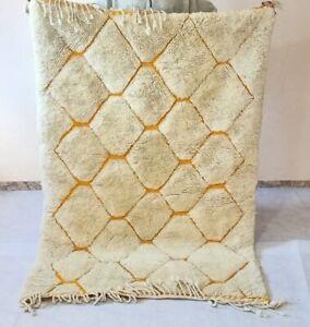 Beni ourain rug, Moroccan authentic handmade berber area rug. 100% natural wool