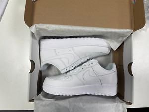 Nike Air Force 1 '07 Triple White - Size UK 7 EU 41