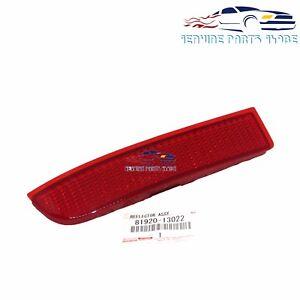 NEW TOYOTA RAV4 SCION xD GENUINE DRIVER SIDE REAR BUMPER REFLECTOR 81920-13022