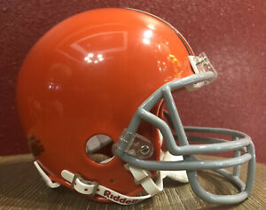 NFL Throwback Cleveland Browns Riddell Mini  Football Helmet & Facemask