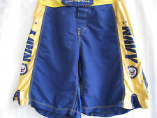 CLINCH GEAR UNITED STATES NAVY SHORTS MENS SIZE 32 VERY NICE