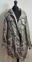 TOPSHOP Camouflage Lightweight Jacket Womens Size 8 UK 36 EUR 4 US Hooded Zip Up