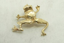 14K Yellow Gold Diamond Cut Gold Brushed Detailed Frog Charm Pendant 1.9g D665