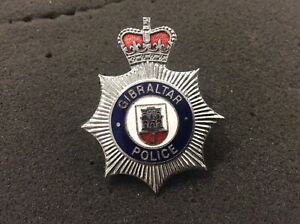 Gibraltar Police Chromed Metal & enamel Cap Badge ( Obsolete)