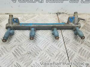 2006 VAUXHALL ASTRA MK5 H 2.0 Z20LEH Fuel Rail & Injectors 55556798 84206