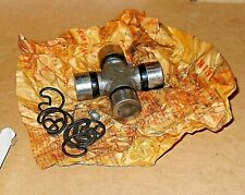 Universal Joint-U-Joint BWD 114-552 Ford Lincoln T-Bird Truck 1960 to 1995